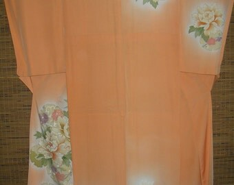KIMONO PEACH Floral Vintage Silk Japanese Kimono Beautifully Handpainted & Gold-Embellished Flowers on Pale Dusty Rose PinkLovely Peach Silk