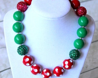 Girls Christmas necklace. Chunky bead girl necklace for Christmas. Bubblegum beaded red green polka dot necklace for baby or toddler girl.