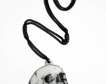 SCREAMING SKULL NECKLACE