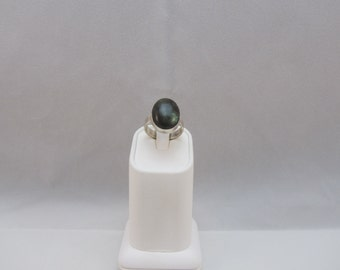 Sterling Silver Green Labradorite Ring size 7 1/2
