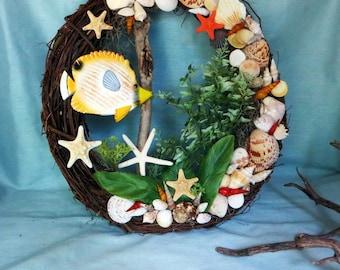 Beach wreath with tropical fish and shells_beach decor_sea shell art