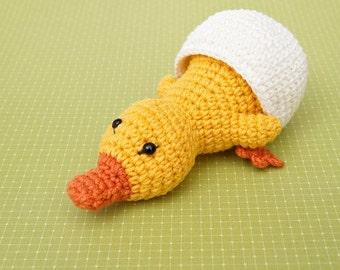 Duckling in Eggshell Amigurumi Pattern, Crochet easter pattern, home decor crochet pattern, amigurumi duck, toy pattern, crochet for kids