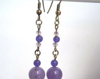 Boho romantic earrings, light purple, hand made by kalani