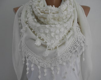 Creamy White Cowl Scarf Shawl with Lace Edge Holiday Fashion Accessories Winter Scarf Cream Warm Chunky Scarf New Year's Gift Ideas For Her
