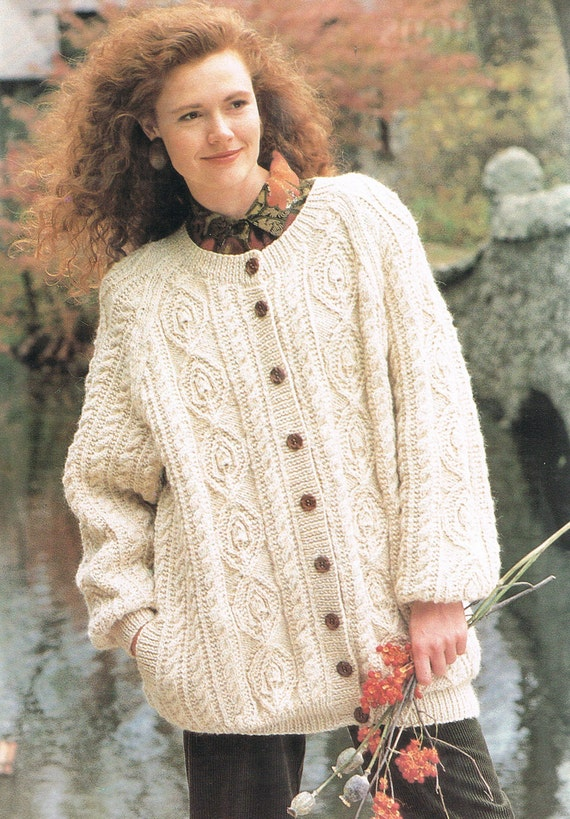 Chunky Cardigan Knitting Pattern : Knitting Pattern Womens Chunky Aran Knit Cardigan Sweater