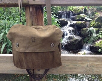 Vintage Military Waxed Canvas Messenger Bag or Man Purse (Murse), Green / Olive