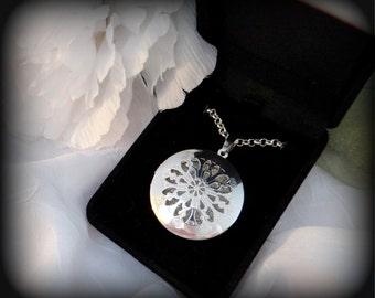 Silver Picture Locket Photo Necklace - Fast Shipping