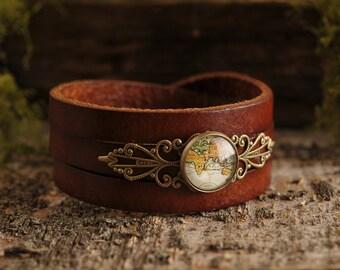 Vintage map bracelet, brown leather bracelet, three laps bracelet, antique brass bracelet, glass bracelet, genuine leather bracelet,