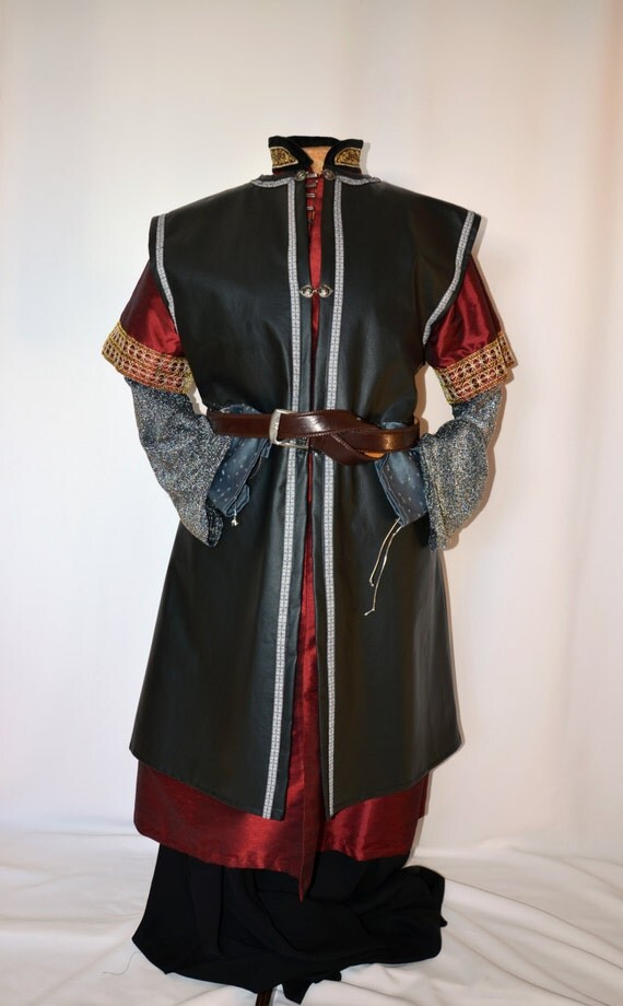 Medieval clothing for royalty