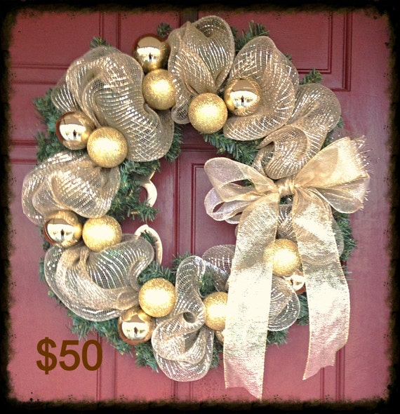 Christmas wreath w deco mesh and balls by