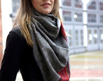"Sale!Himalayan Yak wool scarf with border, winter scarf,handloomed scarf ,christmas gift idea -""Mandi-Manali"""