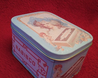 Small Vintage Nabisco labeled tin dated 1992