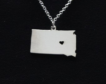 SALE - I Heart North Dakota Necklace - North Dakota Pendant - State Necklace - State Charm - Map necklace - Map Jewelry