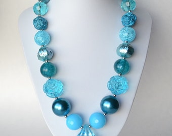 Turquoise CHUNKY necklace with acrylic beads, tiger tail stringing, and metal toggle clasp