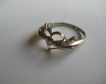 Vintage Dolphin Love Sterling silver Ring size 8