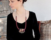 Red Desert! Unique ethnic bib-necklace with beautiful handmade Bedouin embroidery – creating the perfect desert look