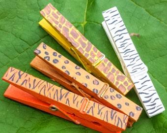 Jungle Theme Clothespin Magnets set of 4, hand painted zoo animal print Classroom or Refrigerator cheetah zebra tiger giraffe