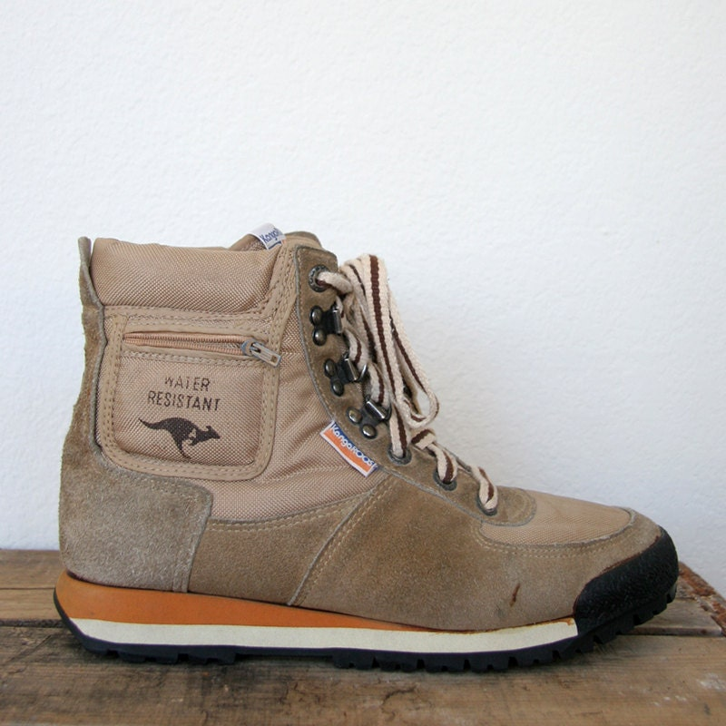 Roos Shoes Reviews