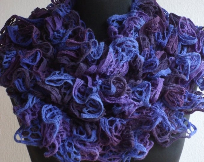 Ruffle scarf, Frilly scarf, Knitted scarf, Purple scarf, Fashion scarf, Mother's Day gift, Spring Accesories, Clearance sale!! READY TO SHIP