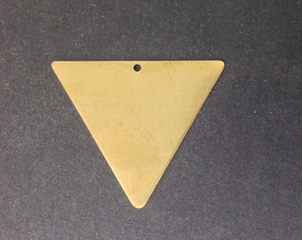 1 Bottom Hole Raw Brass Flat Geometric Triangle Pendant Charm 37mm (4) mtl443A