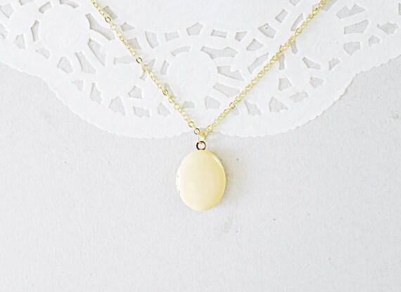 Gold Oval Locket Necklace - Photo Keepsake - Honey Yellow