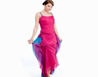 Dazzling fuchsia Spring-Fever suit (corset & skirt) made of soft airy chiffon
