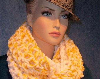 Crochet Infinity Scarf, Yellow Crochet Infinity Scarf, Plush Infinity Scarf, Handmade Infinity Scarf Chenille Infinity Scarf Crochet Scarf