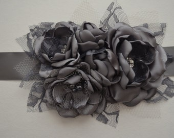 Flower Sash -Charcoal Grey Bridal Sash - Fabric Flower Sash, Bridesmaid Sash, Wedding Sash, Wedding Dress Sash, Dark Grey, Fabric Flowers