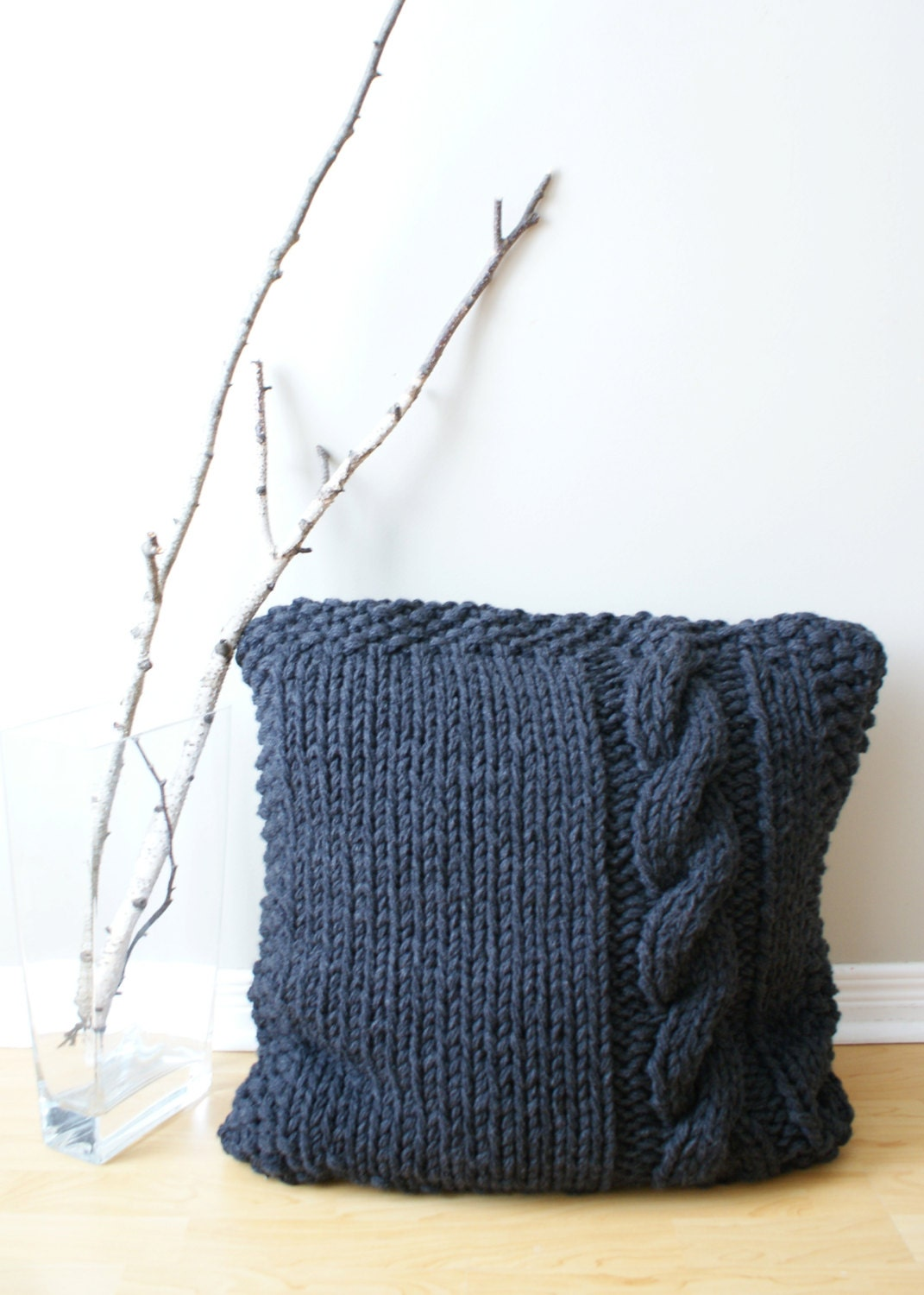 Knitting Pillow Pattern : Diy knitting pattern chunky cable knit pillow cover