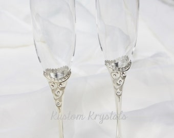 Lenox Opal Innocence Toasting Flutes krystalized with Swarovski Crystals. Champagne flutes, toasting glasses. custom. personalized.