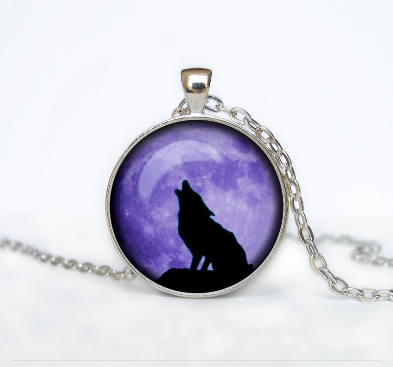 howling wolf moon pendant wolf necklace wolf jewelry moon