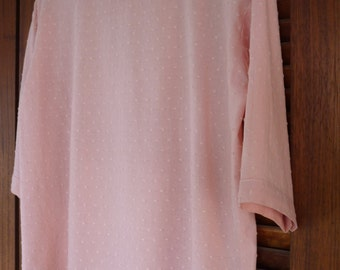Dusty rose plumetis blouse