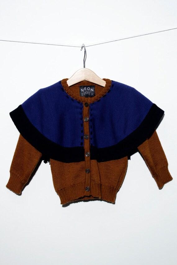 Cardigan/poncho