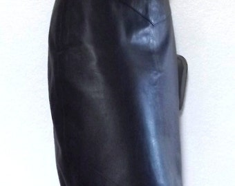 Vintage High Waisted Black Leather Pencil Skirt - Small - 5 / 6