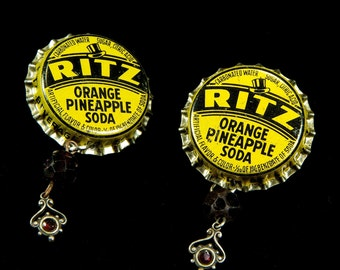 Pair of BottleCap earrings with drops