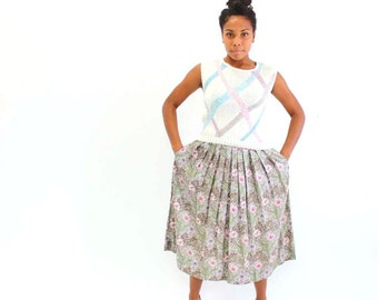 vintage pleated skirt . floral rayon skirt . mid length pleated skirt . floral midi skirt . womens vintage . medium to large