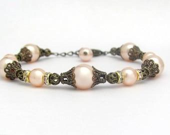 Pearl Bracelet, Peach Pearl Bracelet, Swarovski Crystal Pearls, Victorian Bracelet, Wedding Jewelry, Bridal Bracelet, Bridesmaid Jewelry