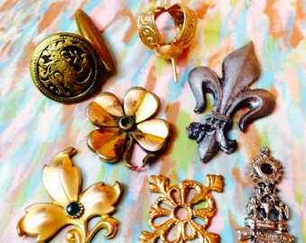 7pcs VINTAGE FINDINGS LOT Jewelry Some Antique