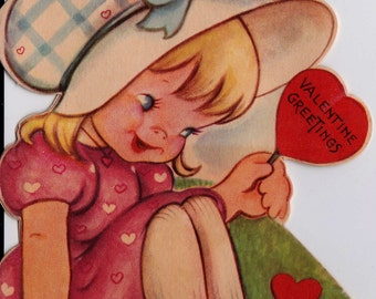 Vintage 1940's Valentine Greetings Little Girl In The Grass Greetings Card (B12)