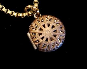 Vintage Apertured Locket Necklace