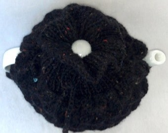 Wool Tea Pot Cozy - Teapot cozy crocodile stitch, size medium, in black speckle wool
