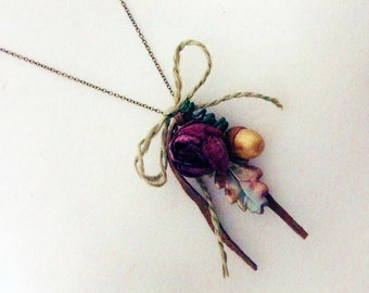Necklace, Mixed Media, 'MARIANNE DASHWOOD' Jane Austen Rosebud Necklace, Flowers, Blossoms, Vintage