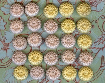 21 Pretty Yellow and Pink Vintage Buttons
