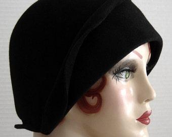 Black Fur Felt 1920 Style Cloche