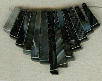 Black Lace Agate Mini Cleopatra Collar Fan Graduated 13pc Bead Set