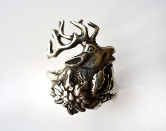 Lucky Buck Hunting Ring in Sterling Silver