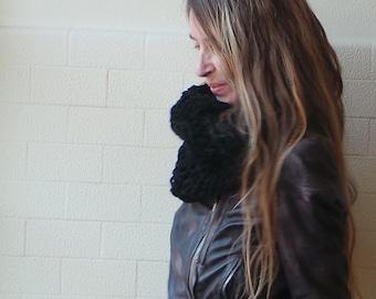 black loose knit Cowl