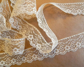 IVORY Lace Trim 10 yds. -1.5in. wide