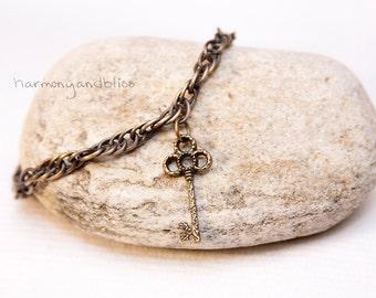Key charm, key bracelet, Skeleton key bracelet, boho bracelet, simple jewelry, key jewelry, brass bracelet, brass key, gift for her, charm