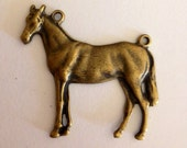 Horse Charm pendant focal   connector equestrian jewelry findings drop cowboy cowgirls necklace parts  quantity one  (wV3)